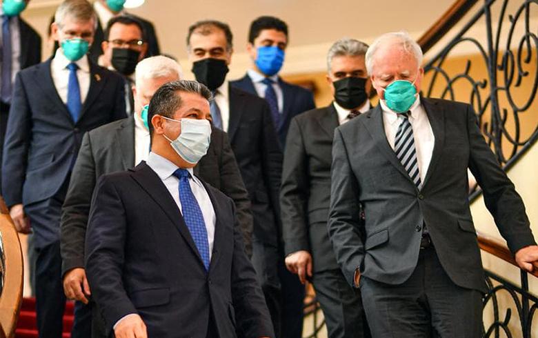 رئيس حكومة إقليم كوردستان يستقبل وفداً أمريكياً برئاسة السفير جيمس جيفري