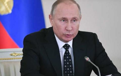 قبضة بوتين في الداخل... تضعف